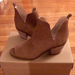 Lucky Brand Ankle Booties (Never Worn)